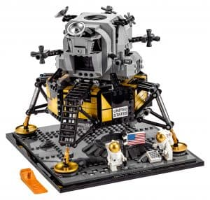 lego nasa apollo 11 maanlander 10266