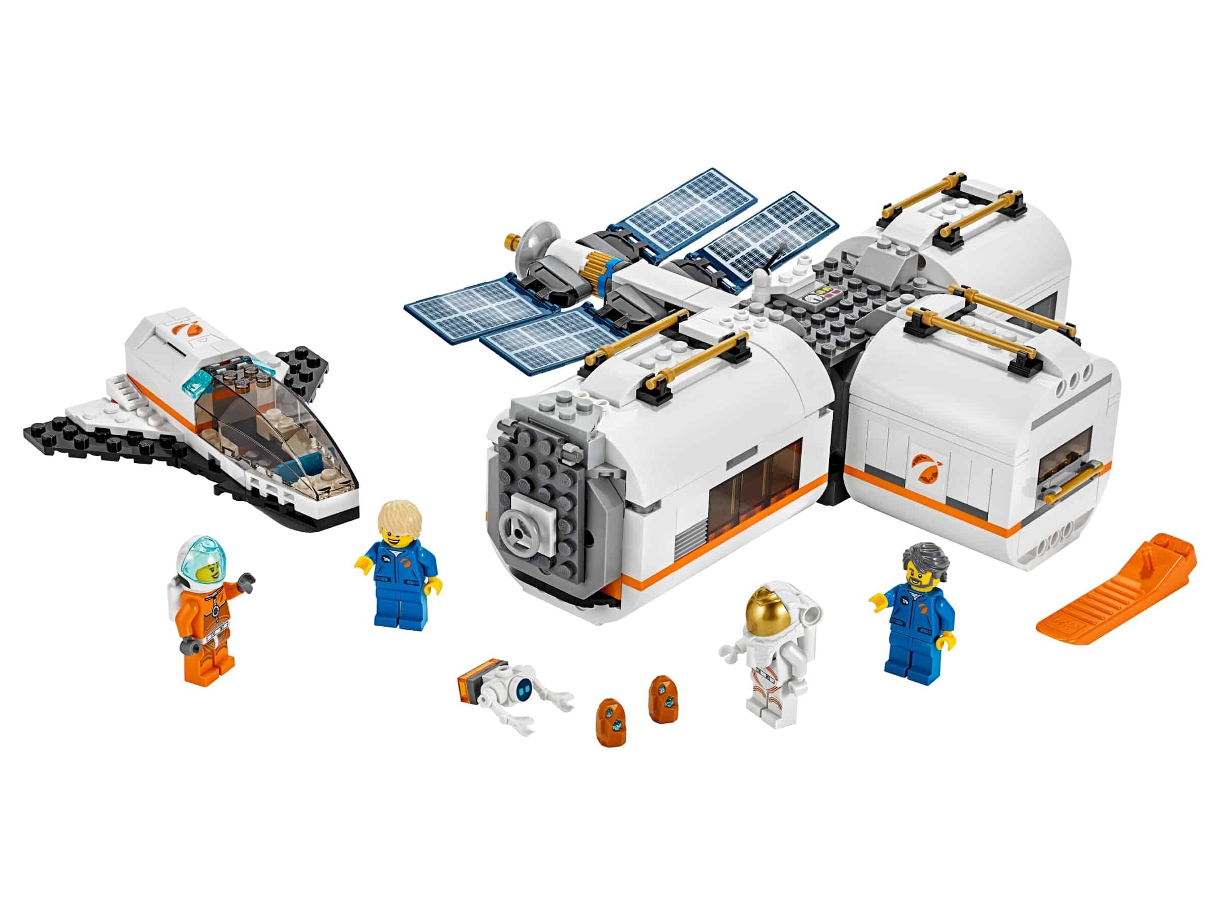 lego ruimtestation op de maan 60227