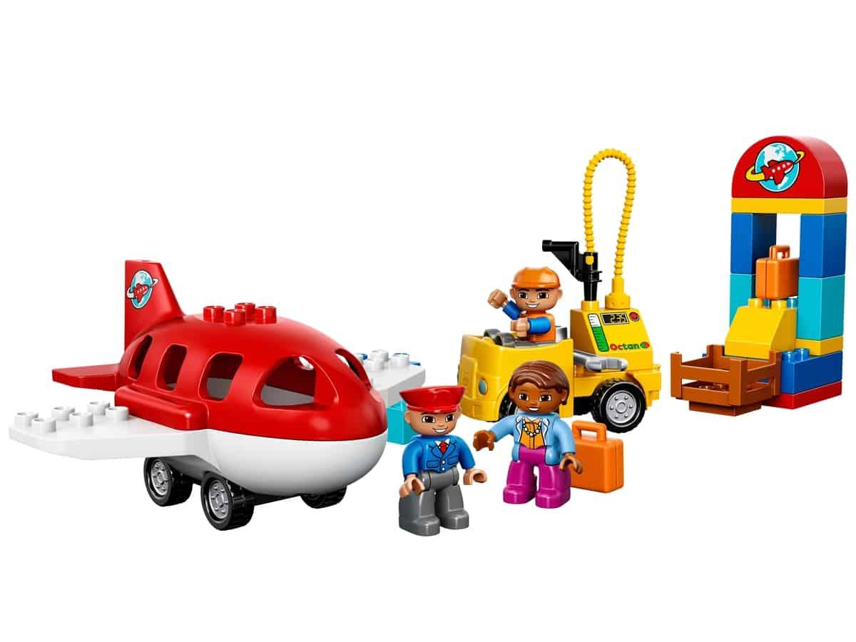 lego vliegveld 10590