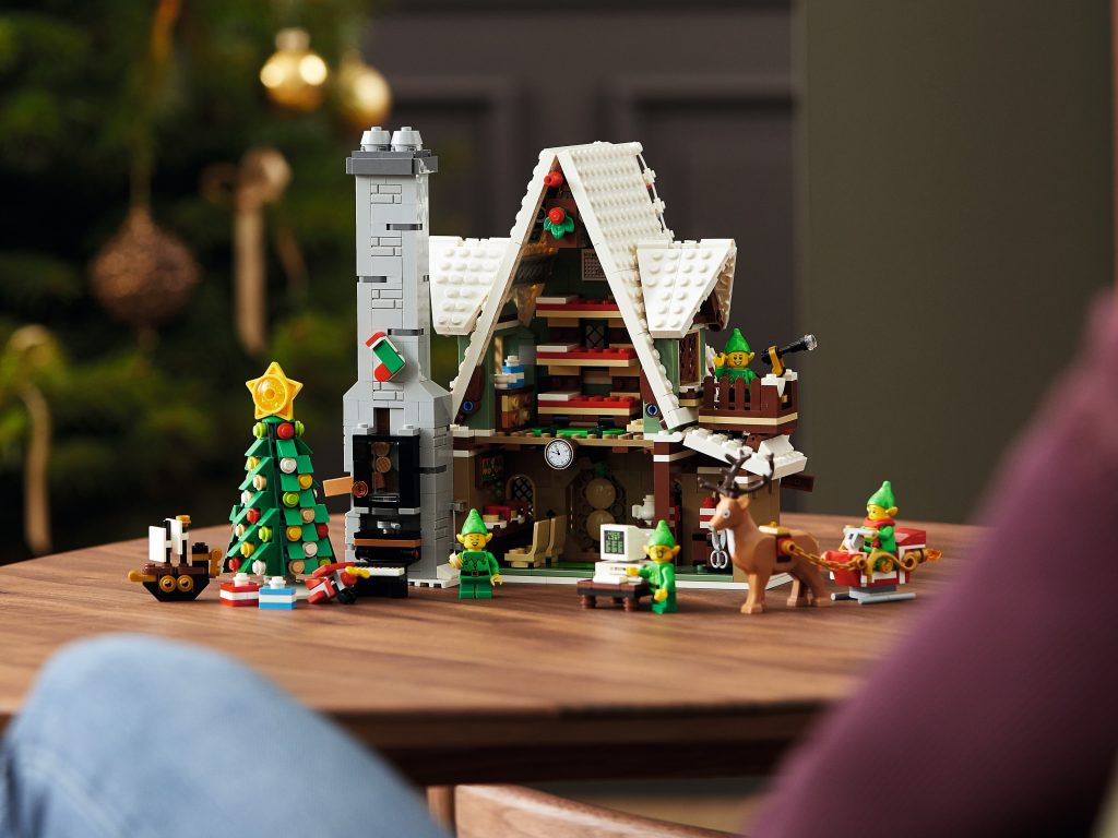 LEGO 10275 Elf Club House achterzijde
